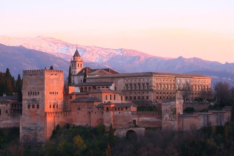 alhambra_triptoadventure